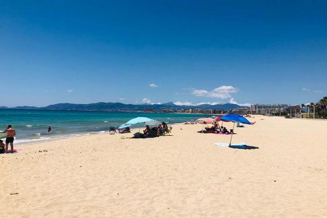 Viel Platz an der Playa de Palma