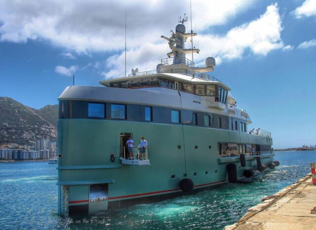 Super Yacht Anawa